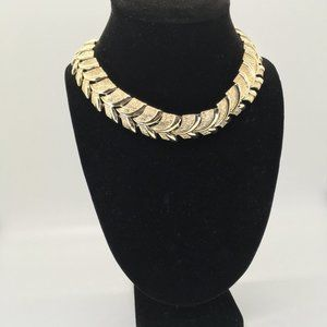 Gold Tone Leaved Necklace